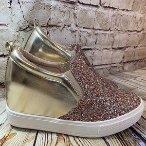 Wanted Womens Glitter and Gold Wedgies Size 7